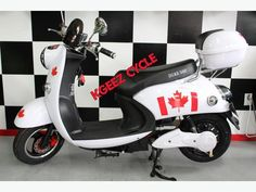 Duke 500 from KGEEZ Cycle Never pay for gas again! The all new DUKE 500 is built with a 48 volt battery system and will travel per charge. Electric Scooter, Scooters, Duke, Vehicles, Motor Scooters, Car, Vespas, Mopeds, Peacocks