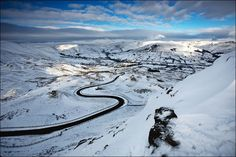 The Road to Edale - Peak District Winter