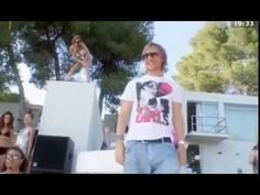 David Guetta ft  Akon   Sexy Bitch official Video HD)