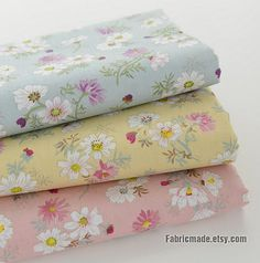 This fabric is a nice cotton fabric with nice daisy floral, 3 colorsL light blue, light pink, light yellow.  * Cotton fabric: 100% cotton, shabby chic flower, , 300g/yard * Listing for 3 color, each color 20X31 (50cm x 80cm) * Suit for sewing crafting, home decor, quilting, table runner, bag, clothes, sewing crafting decor  1/2 yard: https://www.etsy.com/listing/112483517/daisy-floral-cotton-fabric-white-daisy  For bundle fabric, each piece has been cut, if you purchase more than one item…