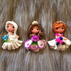 Ana , Elsa Frozen and Sofia the First Polymer Clay Charm Bead Scrapbooking Embelishment Bow Center Pendant Cupcake Topper
