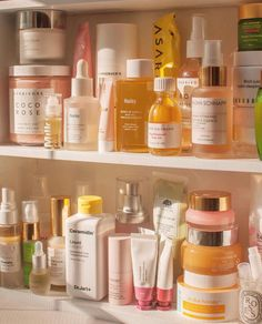 Skin Care, truly super, solid step 4628188446 - An exceptional take on face care tips. Click the simple skin care routine image-link immediately Piel Natural, Home Remedies For Hair, Peeling, Shelfie, Aesthetic Makeup, Facial Care, Beauty Care, Beauty Tips, Makeup Ideas