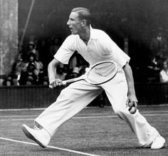 Fred Perry tennis player | The designer and musical collabs (Comme Des Garçons, Richard Nicoll ... Vann 1935 och 1936 mixed dubbel med Dorothy Round Little. 1935 över Harry Hopman/ Nell Hall Hopman 7-5, 4-6, 6-2. 1936 över D. Budge/ Sarah Palfrey Cooke 7-9, 7-5, 6-4.