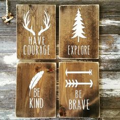 Parfait pour la chambre d'enfant woodland ou décoration de chambre d'enfant ! Chaque signe est d'environ 8 x 10 (+/-) et viennent prêt à accrocher. Teinté avec des côtés en détresse. Ceci est peint à l'acrylique non toxique. Choisissez des signes individuels ou l'ensemble des quatre - avoir du Courage, Explorer, Be Kind et être courageux. S'il vous plaît noter : Chaque signe est coupé à la main et peut varier très légèrement :) Nos signes commencent par le processus de conception. Toutes…