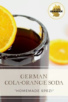 Cola Drinks, Orange Soda, German Recipes, Beer Mugs, Non Alcoholic Drinks, Mixed Drinks, Dips, Germany, Oktoberfest