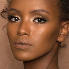 Shop Natasha Denona's Camel Eyeshadow Palette at Sephora. An eyeshadow palette with a range of five versatile, nude shades. Bride Makeup, Glam Makeup, Beauty Makeup, Eye Makeup, Wedding Makeup, Makeup Blog, Makeup Tips, Black Girl Makeup, Girls Makeup