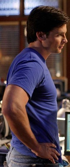 Tom Welling... DONK lol