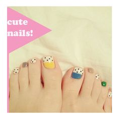 cute toe nails! it kinda looks like a prettyer fesian of the 100 dalmations but with color.