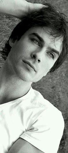 Ian! *-* <3  #sexyIan. #lostinyoureyes.