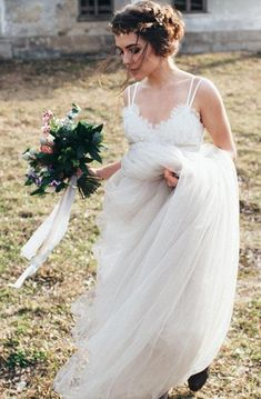 Shop affordable Romantic Long A-Line Tulle Wedding Dress With Spaghetti Straps And Lace Bodice at June Bridals! Over 8000 Chic wedding, bridesmaid, prom dresses & more are on hot sale. Bohemian Wedding Dresses, Tulle Wedding, Gown Wedding, Floral Lace Dress, Chiffon Dress, Flattering Wedding Dress, Wedding Dress Shopping, Lace Bodice, Dress Backs