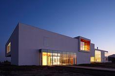 META-project: huludao beach exhibit center