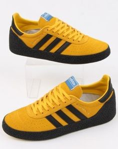 719373a0a97 adidas Trainers Adidas Montreal 76 Trainers Bold Gold black