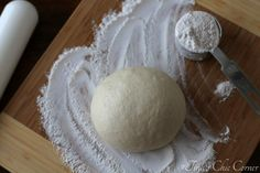 Step by step pictures on how to make homemade Pizza Dough