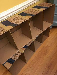 Cardboard Box Storage, Cardboard Frames, Cardboard Organizer, Diy Cardboard Furniture, Diy Furniture Easy, Diy Clothes Storage, Diy Storage Shelves, Box Shelves, Diy Box Organizer