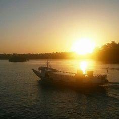 as águas de Belém do Pará...  Foto de Junior