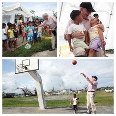 UNICEF Direktor Anthony Lake besucht die kleinen Opfer des Taifuns auf den Philippinen! Er verbringt Zeit mit den Kindern, lernt mit ihnen und spielt Basketball! Basketball, Baseball Cards, Sports, Philippines, First Aid, Studying, Kids, Hs Sports, Sport