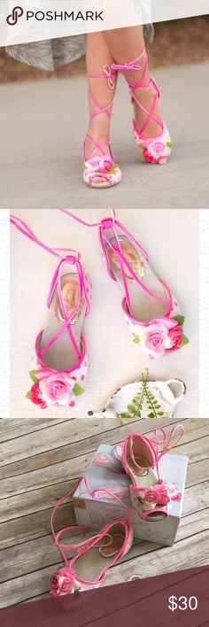 Joyfolie Kaila ballerina style sandals Perfect for Spring pics. My daughter wore it once for our family Spring pics outdoors. Left sandal has slight mark, as shown on 4th pic. Other than that, she still has a lot of uses left in her. :-)) Joyfolie Shoes Sandals & Flip Flops