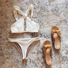 Beachbound in the La Playa Ruffle Top & Bottom
