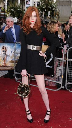 Karen Gillan Photos - Karen Gillan attends the UK premiere of Sex And The City 2 at Odeon Leicester Square on May 2010 in London, England. - Sex And The City 2 - UK Premiere - Red Carpet Arrivals Beautiful Redhead, Beautiful Celebrities, Karen Gillen, Karen Sheila Gillan, Corte Y Color, Hottest Redheads, Ginger Hair, Auburn, Madame