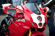 Ducati 999S Ducati 999s, Ducati Motorcycles, Tron Bike, Ducati Models, Motorbike Design, Hot Rollers, Bike Photo, Motorcycle Engine, Bike Rider