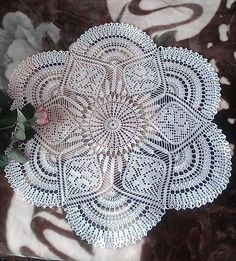 Delicadezas en crochet Gabriela: Centro de mesa en ganchillo