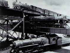 Even more interesting convergence of trains - Triple Railway Crossing in Richmond, Virginia: