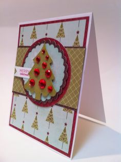 Merry Christmas tree card using the Cricut Craft Room Basics cartridge.