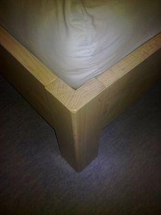 Masivní postel  - Z