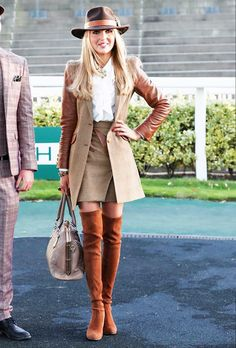 Ones To Watch At The 2018 Cheltenham Festival Race Day Outfits, Races Outfit, Race Day Fashion, Races Fashion, Royal Ascot, Melbourne Cup, Race Day Hair, Nascar, Marathon