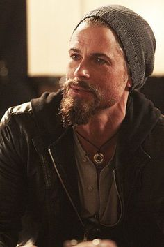 Wallpaper of Lew Ashby Wallpaper for fans of Californication 18093965 Long Beard Styles, Hair And Beard Styles, Most Beautiful Man, Gorgeous Men, Beautiful People, Beard Tips, Imaginary Boyfriend, Perfect Beard, Rob Lowe