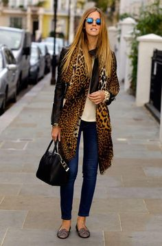 Chiara Ferragni Style Blogger seen here during London Fashion Week in the classic DL1961 Emma skinnies!