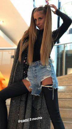Camila Gallardo, Long Wigs, Hair Goals, Selfies, Queens, Hairstyle, Long Hair Styles, Celebrities, Music