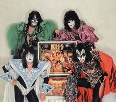 Kiss pinball machine - we had one of these in our living room when I was a kid!!