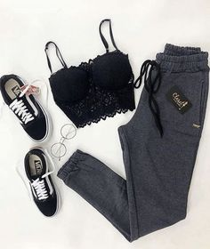 everyday outfits for moms,everyday outfits simple,everyday outfits casual,everyday outfits for women Cute Comfy Outfits, Lazy Outfits, Teen Fashion Outfits, Cute Casual Outfits, Cute Summer Outfits, Outfits For Teens, Stylish Outfits, Everyday Outfits, Preteen Fashion