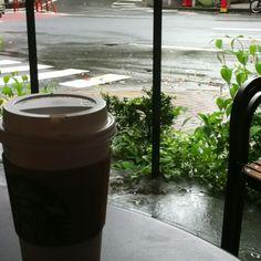 Coffee & Rain. What a match.