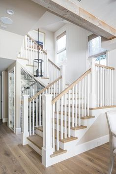 California Beach House with Beautiful Coastal Interiors - Staircase Oak Stairs, Wood Staircase, House Stairs, Staircase Design, White Staircase, Interior Staircase, Staircase Ideas, Oak Handrail, Stair Spindles