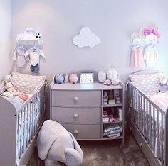unique nursery room ideas for baby Bebek Odası – Home Decoration Small Twin Nursery, Twin Baby Rooms, Twin Baby Girls, Nursery Twins, Baby Bedroom, Twin Babies, Baby Boy Nurseries, Baby Room Decor, Nursery Room