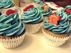 Under the Sea Cupcakes (vanilla cake, vanilla frosting, fresh fruit- soy free special request))