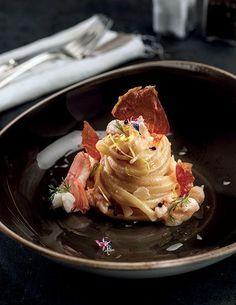Seafood Recipes, Gourmet Recipes, Pasta Recipes, Sushi Recipes, Gourmet Desserts, Gourmet Foods, Plated Desserts, Risotto Cremeux, Canapes Recipes