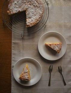 white chocolate torta caprese