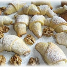 Czech Recipes, Russian Recipes, Christmas Goodies, Christmas Baking, European Dishes, Roll Cookies, Pavlova, Sweet Life, Sweet Recipes