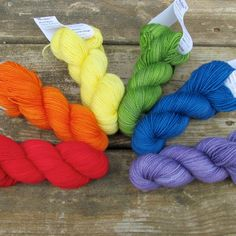 The Rainbow Set includes the following colors: Ardor (red), Zest (orange), Rays (yellow), Yo Mama (green), Harmonia (blue), and Oomph (purple). Rainbow Polydactyl Set Six skeins of our Yummy 2-Ply Toe