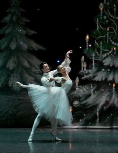 Dmitri Akulinin and Irina Kolesnikova in The Nutcracker. St. Petersburg Ballet Theatre.