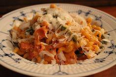 Pasta med tomatflødesauce og BACON!