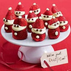 Cute, easy, cheap and great for Christmas snacks or Christmas sweets - in December 2013 issue of Australian Healthy Food Guide magazine. Aussie Christmas, Australian Christmas, Summer Christmas, Christmas Snacks, Xmas Food, Christmas Cooking, Holiday Treats, Christmas Recipes, Winter Treats