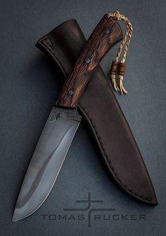 Custom Handmade Knives – Tomas Rucker – Willkommen bei Pin World Bushcraft Knives, Tactical Knives, Cool Knives, Knives And Swords, Trench Knife, Beil, Best Pocket Knife, Knife Sheath, Handmade Knives