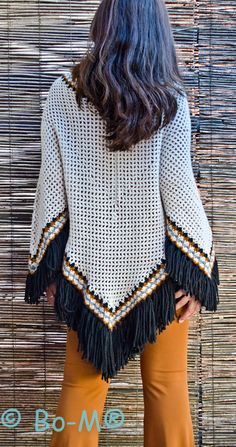 Acessórios feitas à mão. Artesanato. Baby Knitting Patterns, Crochet Poncho Patterns, Crochet Tunic, Knitted Shawls, Crochet Clothes, Free Crochet, Crochet Top, Vogue Knitting, Knitwear