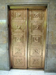 lift/elevator doors, New York