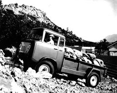 Willys Jeep FC (1957-1966)
