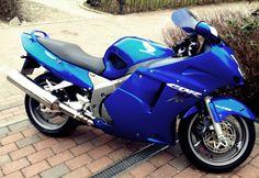 Honda cbr 1100 xx super blackbird -finally it's here *-*